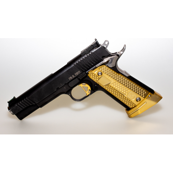 M-Arms MONARCH 2 for 1911 - Set of grips and magwell